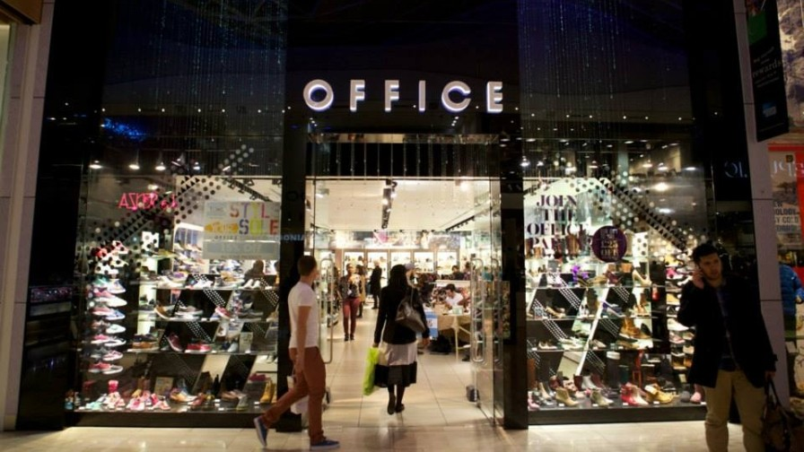 Shoe Retailer Pushes Incremental Sales With Performance Display