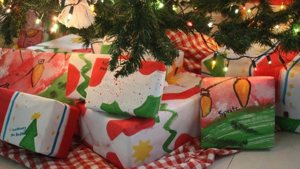 Top Strategies for Monetising Christmas Gifts