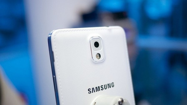 Samsung Unseats Apple in Number of Impressions, finds Millennial Media