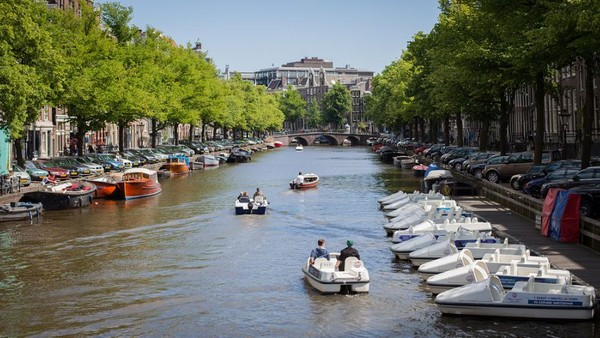 Agenda Previewed Ahead of PMI: Europe's Return to Amsterdam