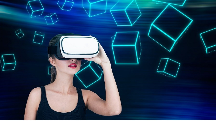 PI Predictions: Augmented and Virtual Reality Will Take Centre Stage in 2017