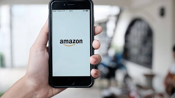 Amazon's Cautious Influencer Strategy Evolves with Launch of Spark in US
