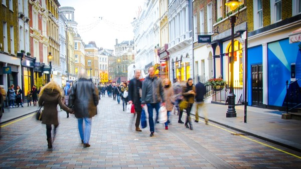 How Technology is Transforming our High Streets (For the Better)