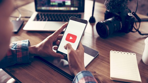 YouTube to Show Vertical Ads to Enhance Mobile Viewing Experience