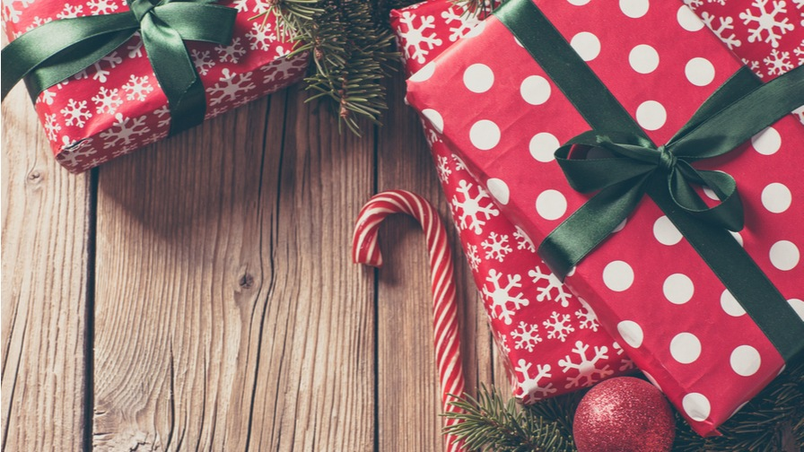 How to Get Your Affiliate Program Featured in Seasonal Gift Guides